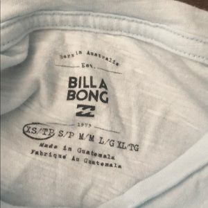 Billabong Tops - Billabong tee🏄🏼‍♀️